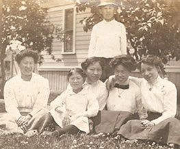 Tape-Family-June-1911-Portland-Emily-Harold-Lowe-and-sister-Gertrude-Emily-and-Rosa